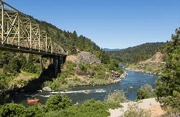 AM-canyonbridge