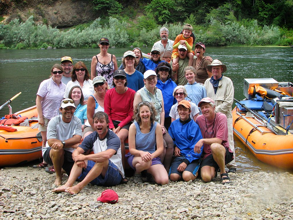 Group_Rafting_Trip